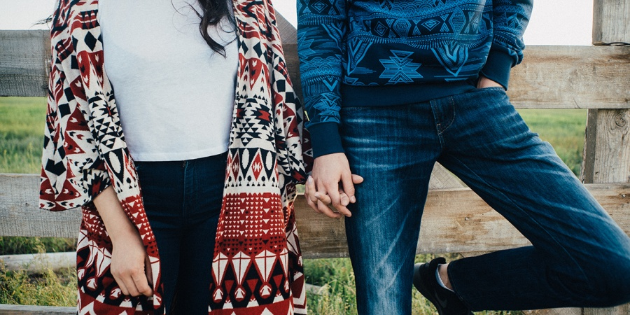 10 Ways Extroverted Introverts LoveDifferently