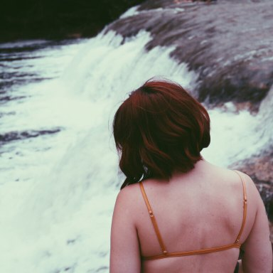 This Is The Brutal Truth About Why You're Afraid To Be Happy