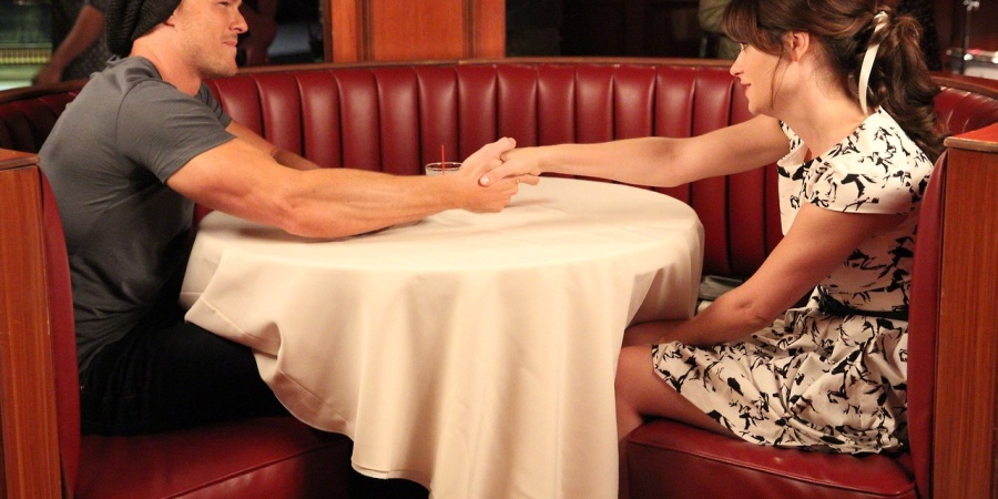 21 Questions You Should Absolutely NEVER Ask On A FirstDate