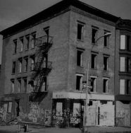 1980-slope-abandoned-bldg