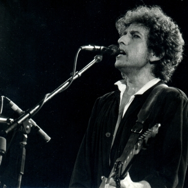 How Dylan Stole The Nobel Prize And You Can Too
