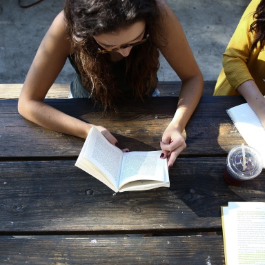 8 Ways To Stay Grounded In Your Faith In A Non-Christian Sorority