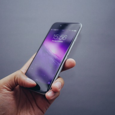 5 Signs Your Phone Is Hurting Your Life (Even If It Doesn't Explode)