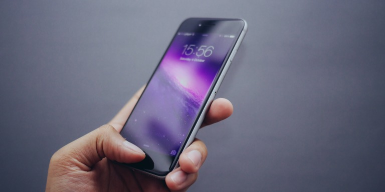 5 Signs Your Phone Is Hurting Your Life (Even If It Doesn'tExplode)