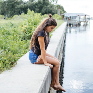 7 Painful Stages Of A Breakup We're All Too Familiar With And How To Get Through Them