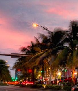 1980-palm-beach-night-street