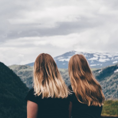 9 Small (But Effective) Ways You Can Help A Friend Struggling With Depression