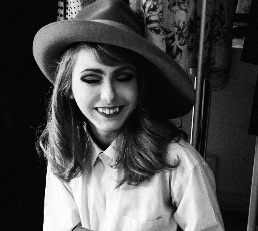 Ioana Casapu photographed by Florin Gorgan