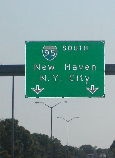 new-haven-nyc-sign