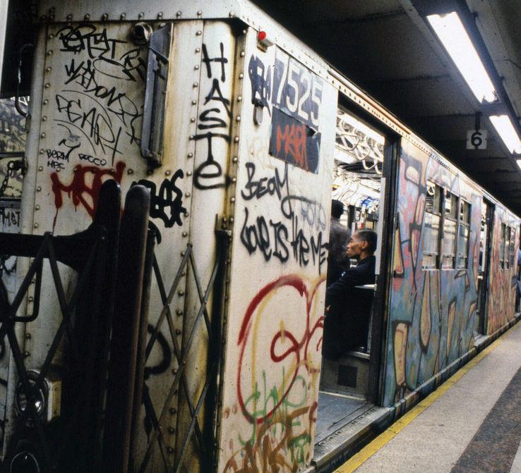 1981-train-doors-open