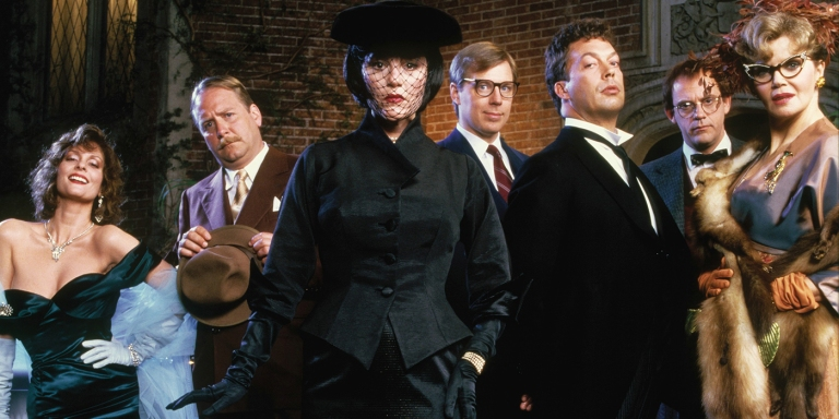 How To Survive The Holidays Based On Which 'Clue' Character You Become WhenDrunk