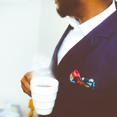 10 Signs You're An Alpha Male And Can Conquer Any Woman