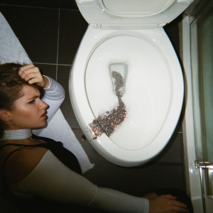 20 Generic Stages Every White Girl Goes Through While Experiencing A Hangover