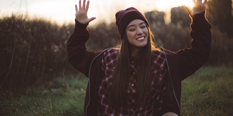 Here's What Kind Of Girlfriend You Are In One Word, Based On Your ZodiacSign
