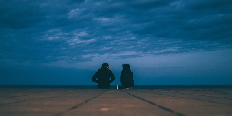 5 Things That Happen When Introverts Date EachOther