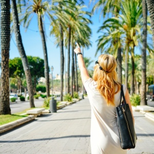 6 Ways That You Can Travel The World (Without Coming Home Broke)