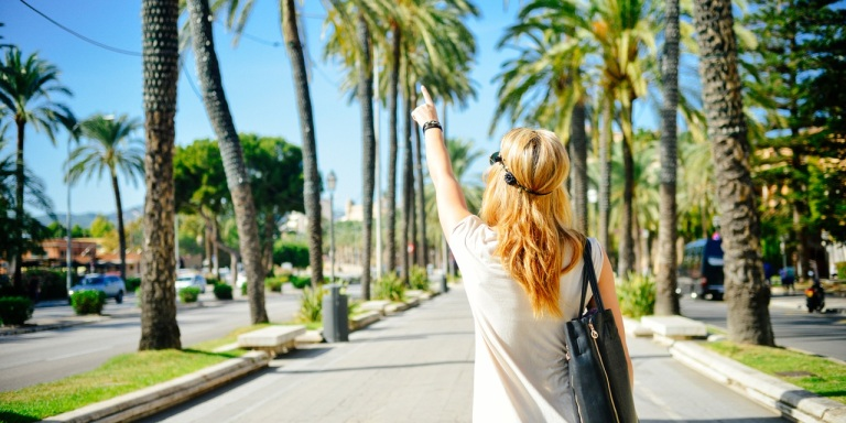 6 Ways That You Can Travel The World (Without Coming HomeBroke)