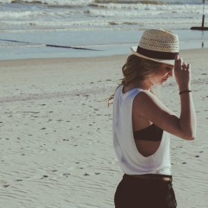 15 Honest Signs You're The Real Reason You're Still Single