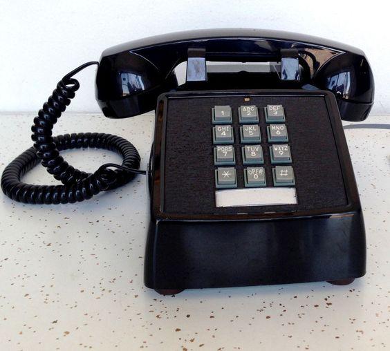 1980-phone-push-button