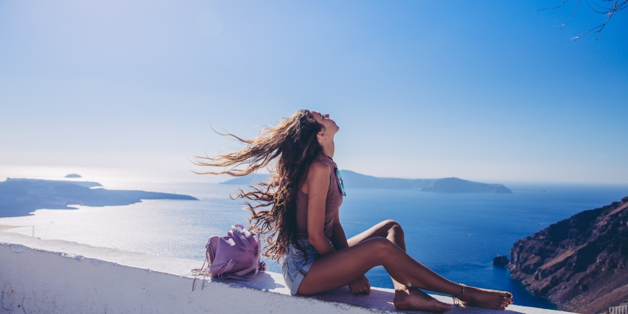 77 Things Every Girl Must Do Before Settling Down