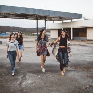 5 Reasons Female Friendships Are The Most Powerful Kind