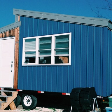 What It's Really Like To Live The Tiny Home Lifestyle