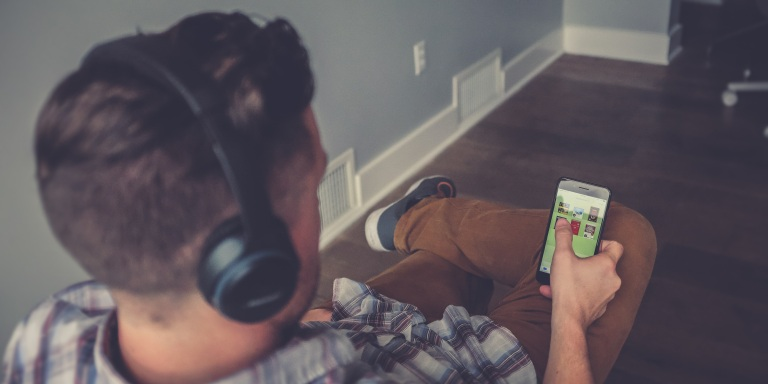 10 Things You Should Never Do On SocialMedia