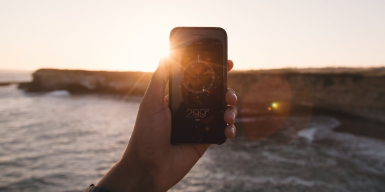 The Best Travel Apps Every Traveler Needs On TheirPhone