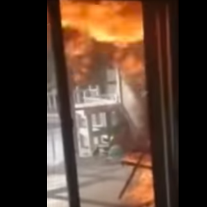 Holy Shit! How This Girl Reacts When She Discovers Her House Is On Fire Is Totally LIT