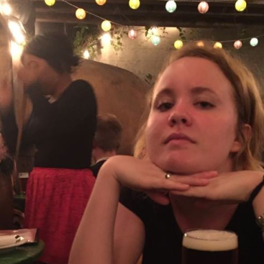 A Side-By-Side Comparison Of The Things Men And Women Say To Me In Bars