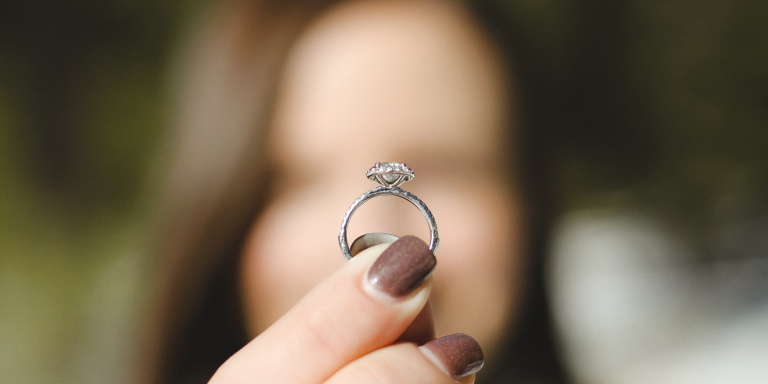 Should She Pay For Half Of Her EngagementRing?