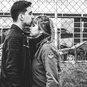 7 Small Signs You're (Unintentionally, But Totally) Ruining Your Relationship