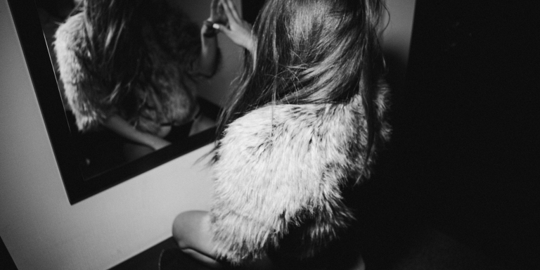 11 Things People Don't Realize You're Doing Because You're An Introvert WithAnxiety