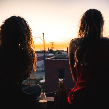 21 Extremely Valuable Things To Know When You're 21