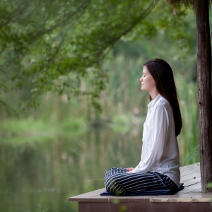 9 Ways To Soothe Troublesome Anxiety