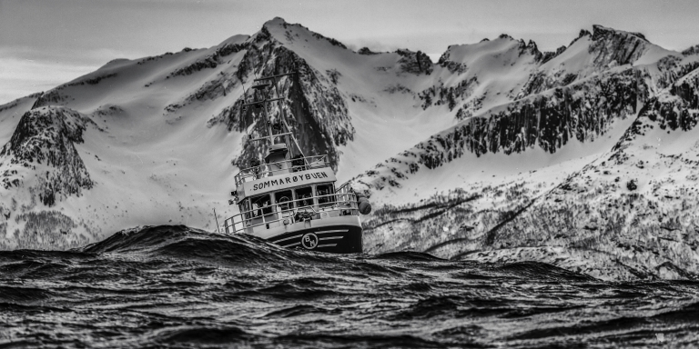 25 Ship Crewmen On The Scariest Experience They've Had Out In TheOcean