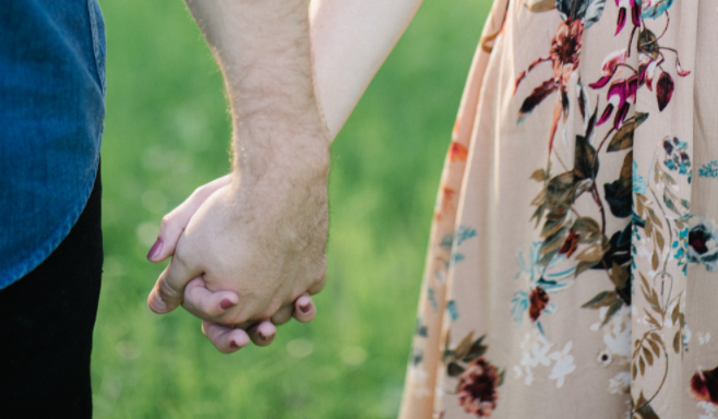 Here's Why You're Not In Love (Yet), Based On Your AttachmentStyle