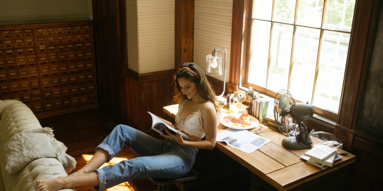 10 Badass Women In Literature Who Refused ToRelent