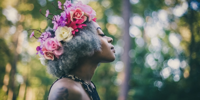 9 Ways Women Can Invoke Happiness in Themselves AndOthers