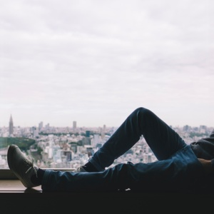 Here's How To Stay Mentally Tough When You Feel Like You're Falling Apart