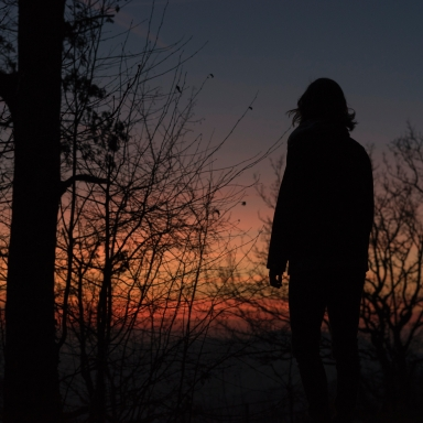 5 Things You Experience When You Have No Choice But To Let Go Of Your Forever Person