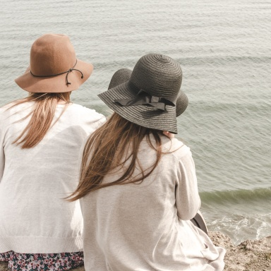Everything You Need To Consider Before Making New Friends In Your 30s