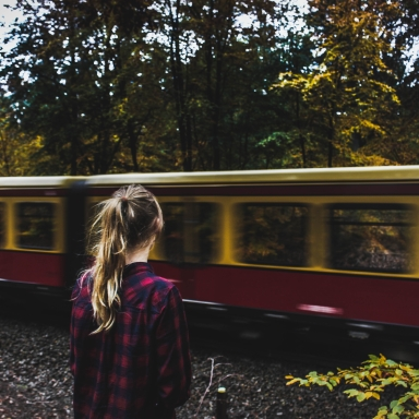 6 Things To Remember When You Move Away From Everyone Who Has Ever Loved You