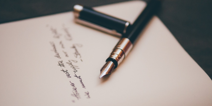 46 Writing Prompts For The Creatively And EmotionallyStarved