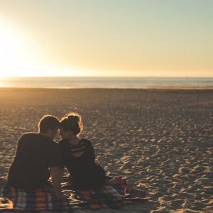 5 Things Nobody Tells You About Dating Your Best Friend
