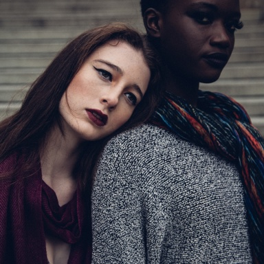 8 Uncomfortable Signs You're Growing Apart From Your Best Friend