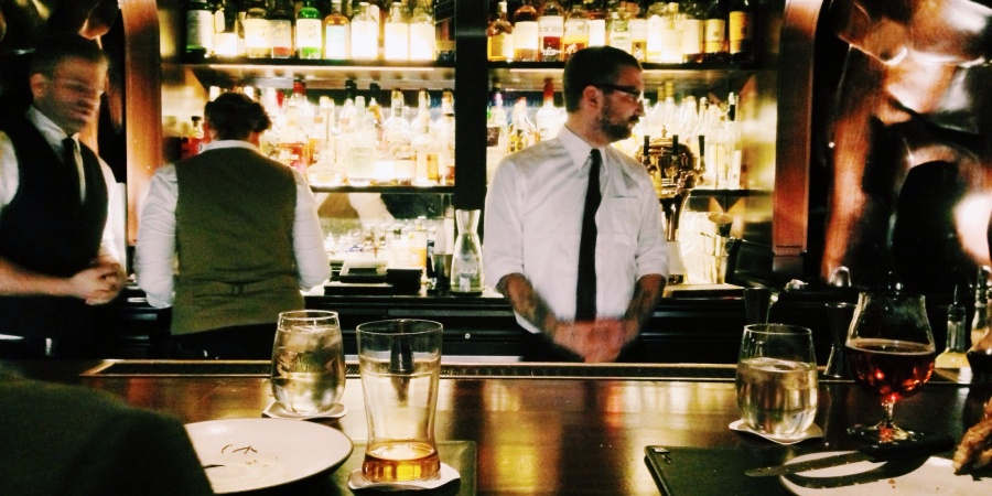 31 Waiters Recall The Most Fucked Up Thing They've Ever Heard While Waiting Tables
