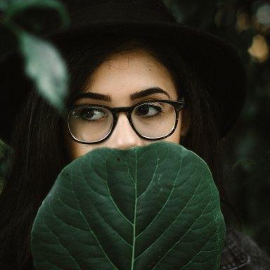 10 'Bad Habits' All Intelligent Girls Have