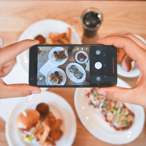 The Surprising Reason Why Taking A Photo Of Your Food Benefits Your Health