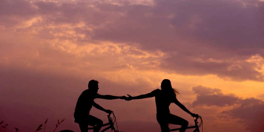 5 Simple, Everyday Rituals That Will Help Your RelationshipThrive